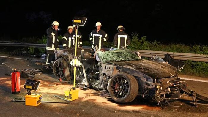 ACCIDENT] Truck Causes Corvette Crash on the A3 Autobahn in Germany