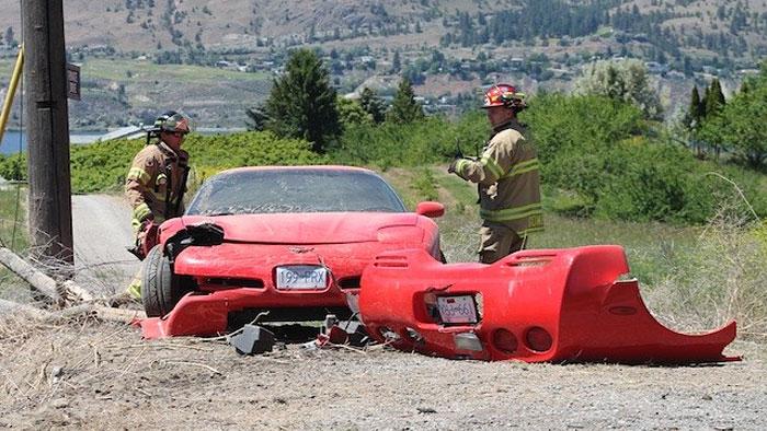 [ACCIDENT] Speeding C5 Corvette Loses Rear End in Canadian Crash
