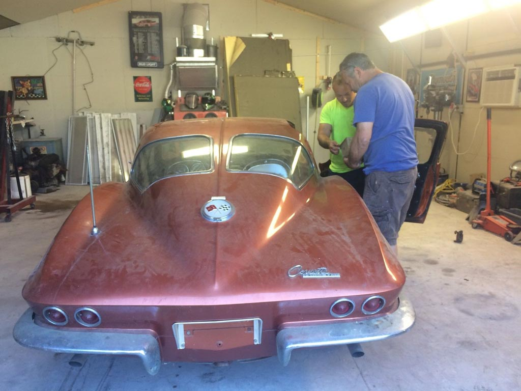 Corvettes On EBay Barn Find 1963 Corvette Sting Ray Sport Coupe