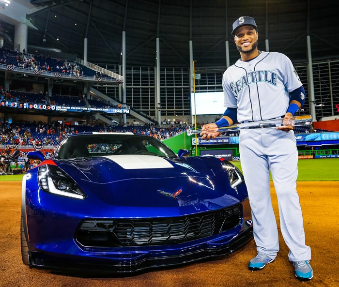 [PICS] Chevrolet Rewards 2017 MLB All-Star MVP Robinson Canó with a Corvette Grand Sport