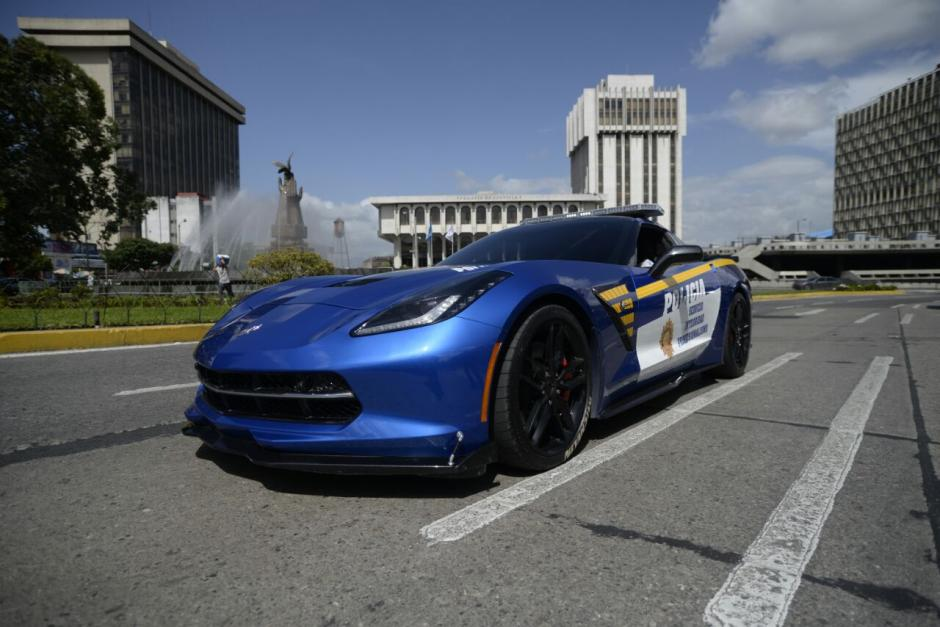 National Corvette Museum >> [PICS] Guatemala Cops Seize a Corvette Stingray from a Narco and Turn It Into a Police Car ...