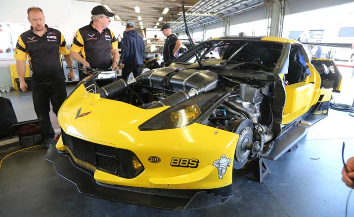 2018 Corvette ZR1 Refueling Offers Close Up Look at Unique Aero Package