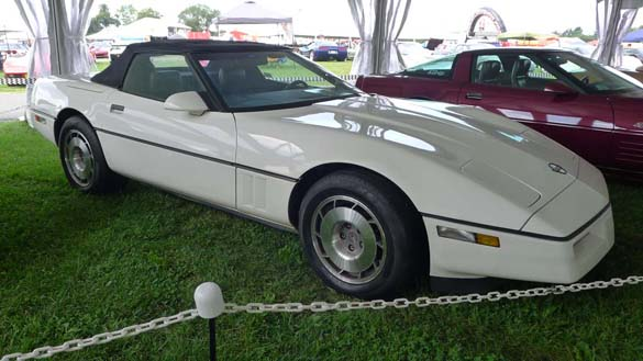 [PICS] NCRS Gallery XVII at Corvettes at Carlisle