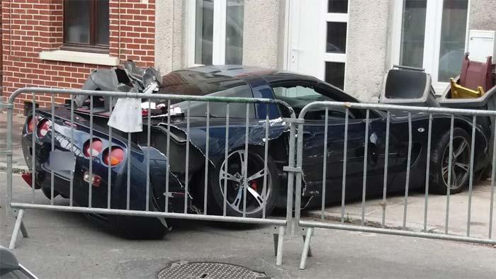 [ACCIDENT] Mon Dieu! Rare C5 Corvette Strikes Parked Cars in France
