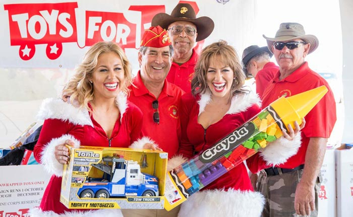 [GALLERY] Kerbeck Corvette's 2017 Toys for Tots Corvette Caravan