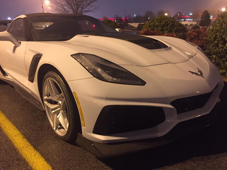 National Corvette Museum >> [PICS] 755-hp 2019 Corvette ZR1 Spotted at a Grocery Store in Bowling Green, KY - Corvette ...