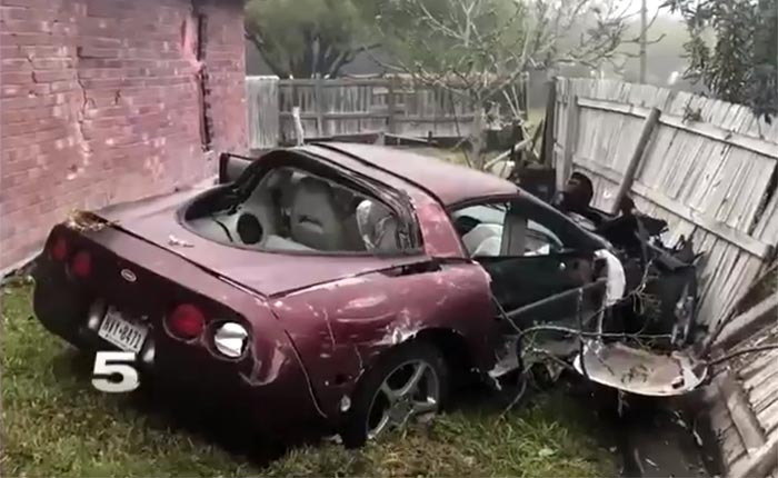 [ACCIDENT] Scary Moment For Sleeping Homeowners As A C5 Corvette Crashes  Into Bedroom