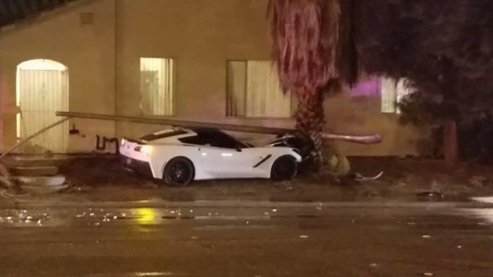 [ACCIDENT] C7 Corvette Takes Out a Light Pole in Vegas Crash