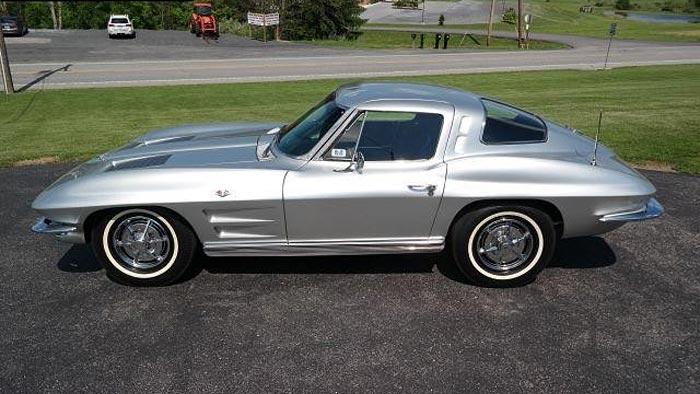 1963 Corvette in Sebring Silver