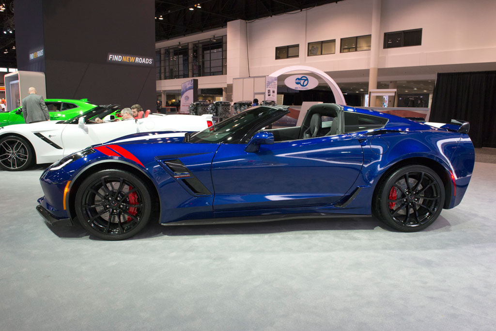 PICS Corvettes At The 2017 Chicago Auto Show Corvette