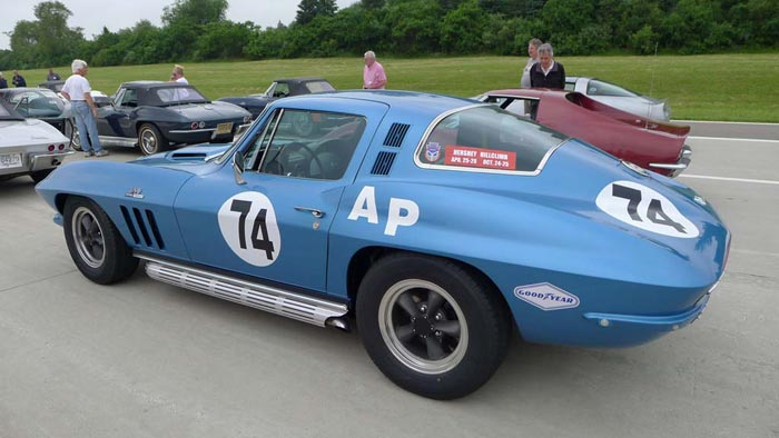 [GALLERY] Midyear Monday: NCRS Motor City Regional Edition (44 Corvette photos)