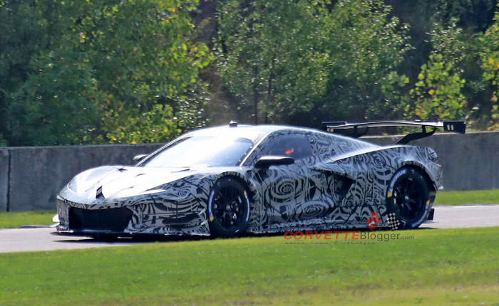 [SPIED] Spy Photos of the Mid-Engine Corvette C8.R Offers the Best Look Yet at the Upcoming C8