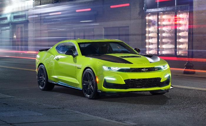 HOT or NOT: Chevrolet Shows Off New Shock Exterior on 2019 Camaro