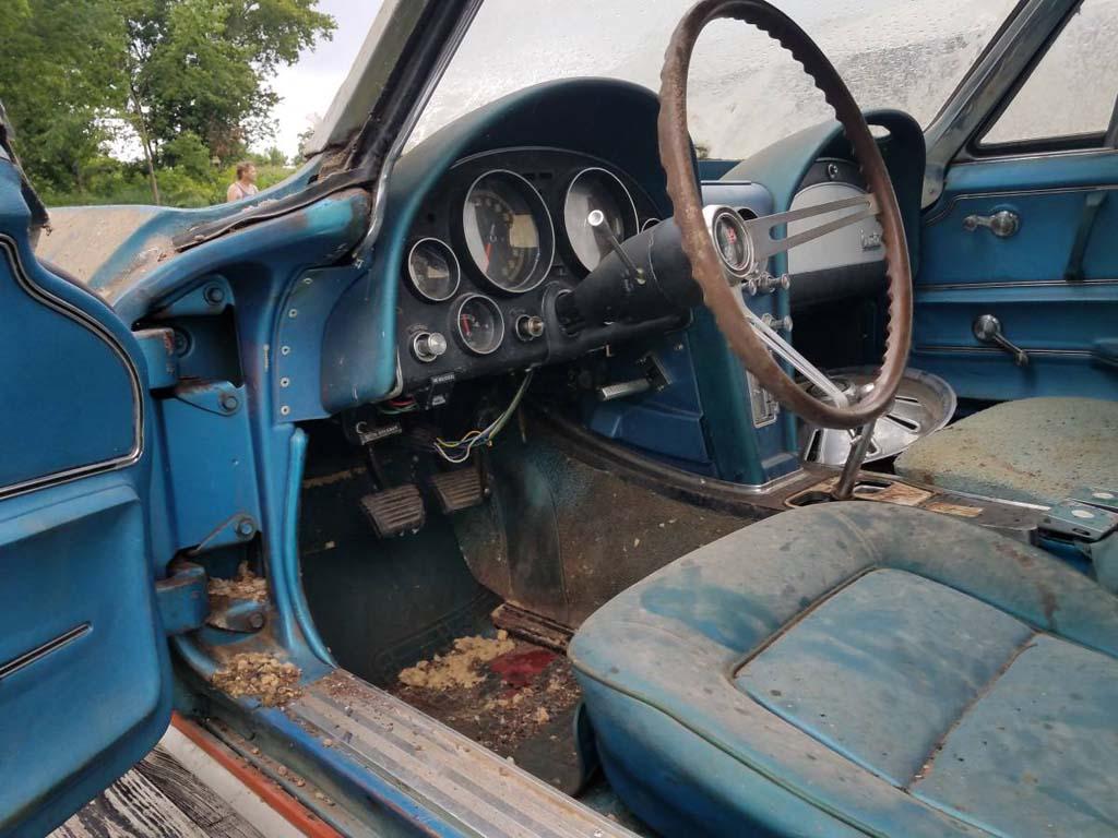 Corvettes on Craigslist: 1965 Corvette Project Car Named Barny Needs