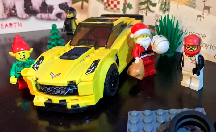 Capt'n Jake Canard with Santa and the C7.R