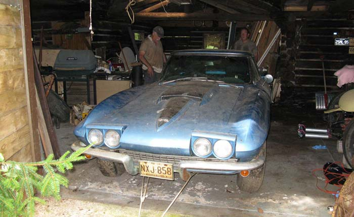 [GALLERY] Midyear Monday Barn-Find Edition (45 Corvette photos)