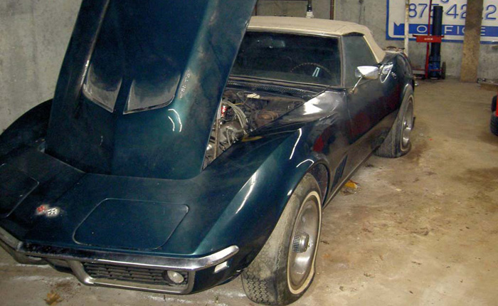 Corvettes on Craigslist: Barn Find 1968 Corvette Convertible with