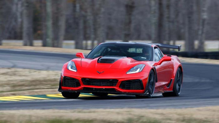 [VIDEO] 2019 Corvette ZR1 Nails a Record Lap at VIR with a Time of 2:37.25