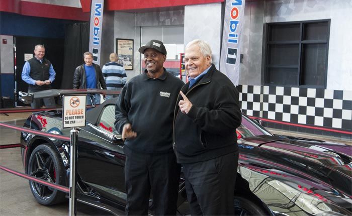 [VIDEO] Rick Hendrick Takes Photos With the First 2019 Corvette ZR1