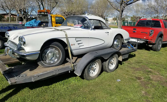 Corvettes on Craiglist: Barn Find 1960 Corvette Parked Over 27 Years Ago
