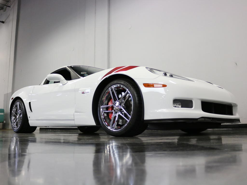 corvettes on ebay 2007 corvette z06 ron fellows edition corvette sales news lifestyle. Black Bedroom Furniture Sets. Home Design Ideas
