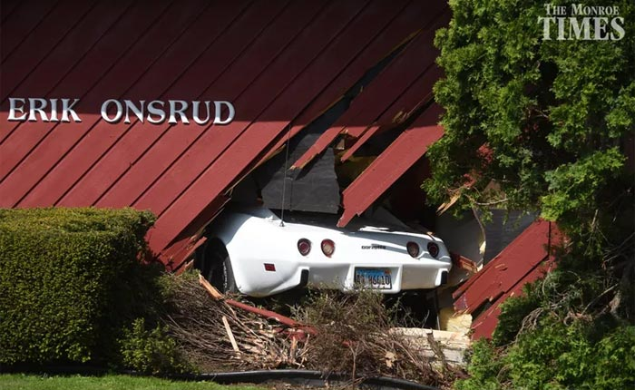 [ACCIDENT] 1977 Corvette Crashes into an Illinois Chiropractor's Office