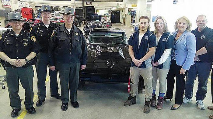 A Former Drug Dealer's 1966 Corvette Restored by Group of Ohio High School Students