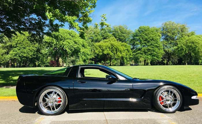 [GALLERY] Black Friday! (50 Corvette photos)