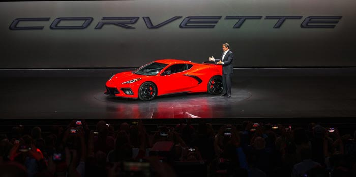 Reuss: Chevrolet Never Planned to Build C7 and C8 Corvettes Side by Side as Rumored