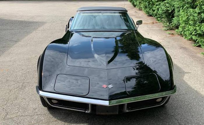 Corvettes on Craigslist: Barn Find Black 1969 Corvette Stingray