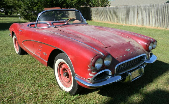 Corvettes for Sale: 1961 Corvette Parked in the 1990s!