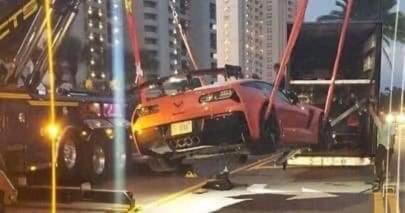 [ACCIDENT] Scary Moment for a 2019 Corvette ZR1 as its Unloaded from a Transporter