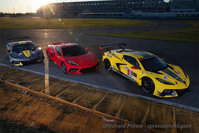 [PIC] C8 Corvette with C8.Rs at Daytona International Speedway