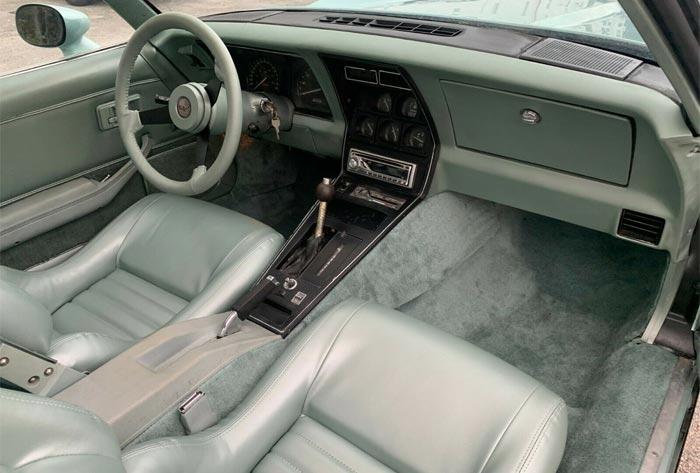 Corvettes on eBay: Rare Silver-Green 1982 Corvette