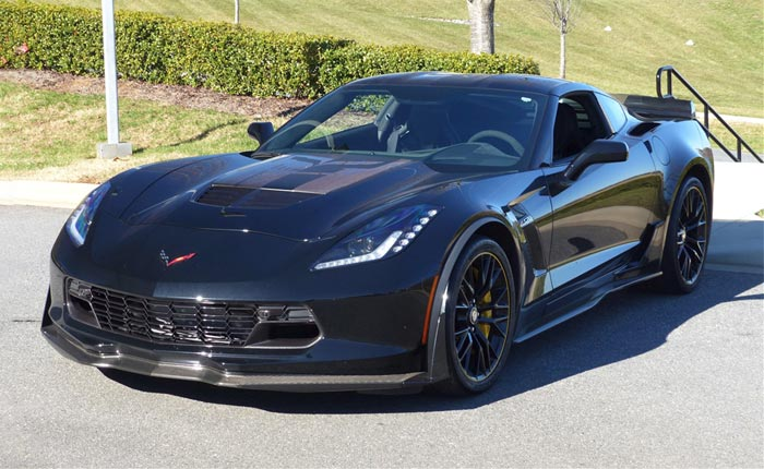 Jeff Gordon to Auction His 2016 Corvette Z06 C7.R Edition for Charity at Barrett-Jackson