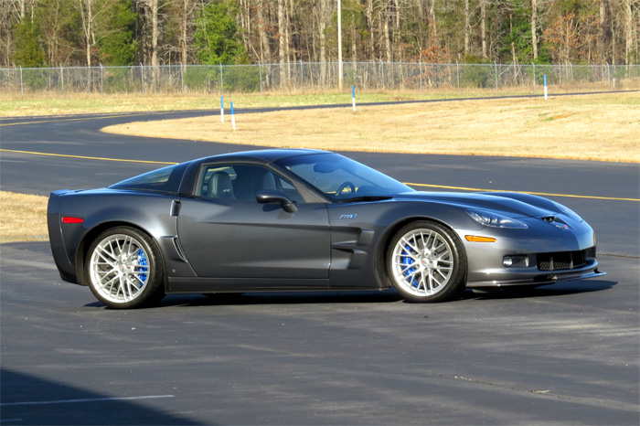 Corvettes for Sale: 400-Mile 2009 Corvette ZR1