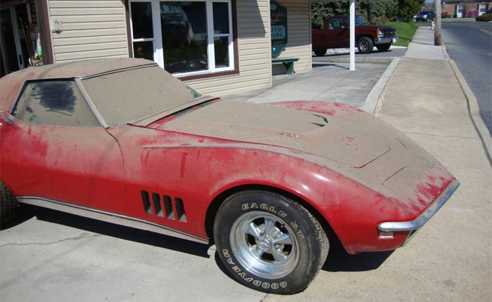 Corvettes on Craigslist: 1968 Corvette 427ci Barn Find