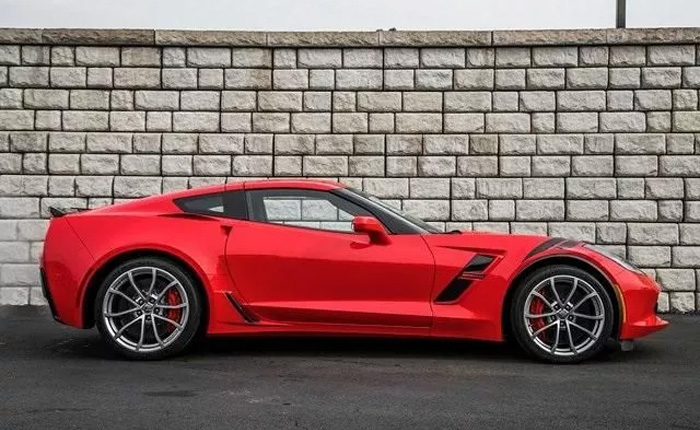 High Inventories Mean Big Discounts Up to $23,000 On Remaining New 2017 Corvettes