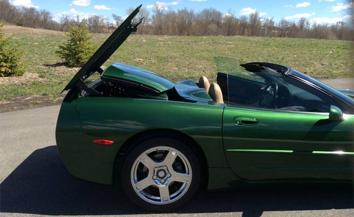 Corvettes on Craigslist: 1998 Fairway Green C5 Convertible with a Power Hard Top