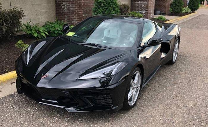 Corvettes on Craiglist: 2020 2LT Corvette Stingray in Black