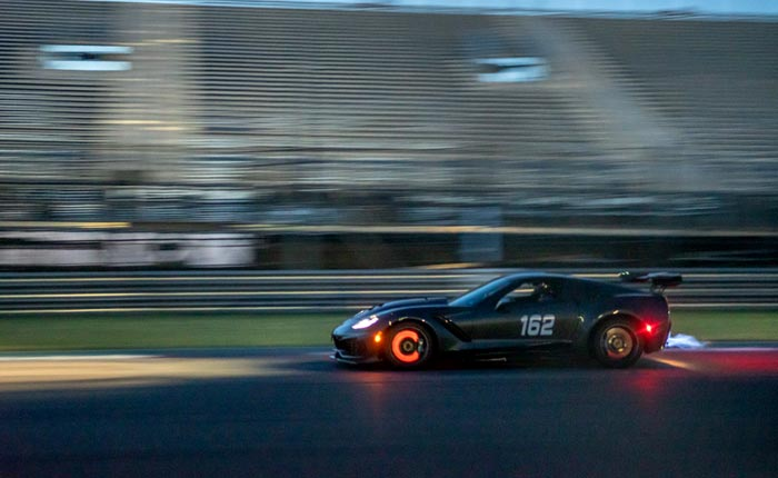 [PICS] 2019 Corvette ZR1 Looks Wicked with Glowing Rotors and Flames Shooting from the Exhaust
