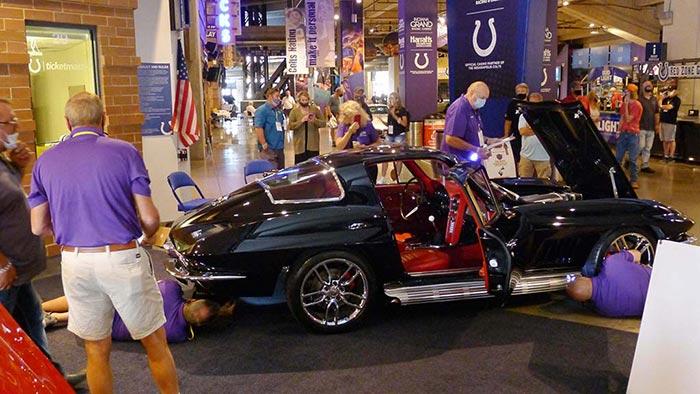 [PICS] Bloomington Gold Judges Restomod Corvettes