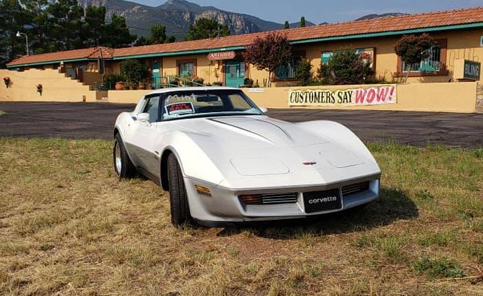 Corvettes on Craigslist: 'Mint Condition' Two-Tone 1982 Corvette with 17K Miles