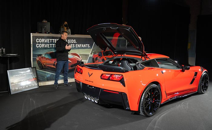 GM Canada Raises Over $400,000 with Charity Auction of the Last C7 and First C8 Corvette