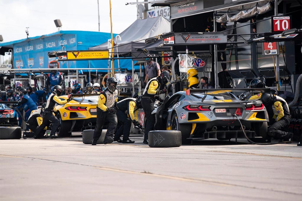 Corvette Racing at Sebring: Respect to the Bumps