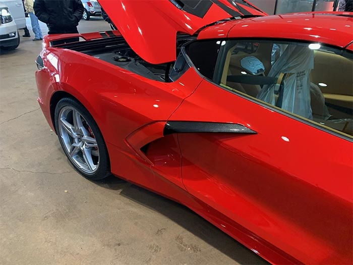 [PIC] 2020 Corvette Arrives at Dealership with a Two-Tone Boomerang