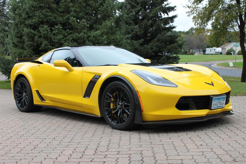 GM Revises Extended Warranty for C7 Corvette Z06 Owners Over Track Cooling Issues