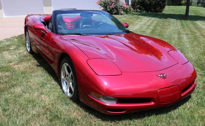 2000 Corvette Convertible in Magnetic Red
