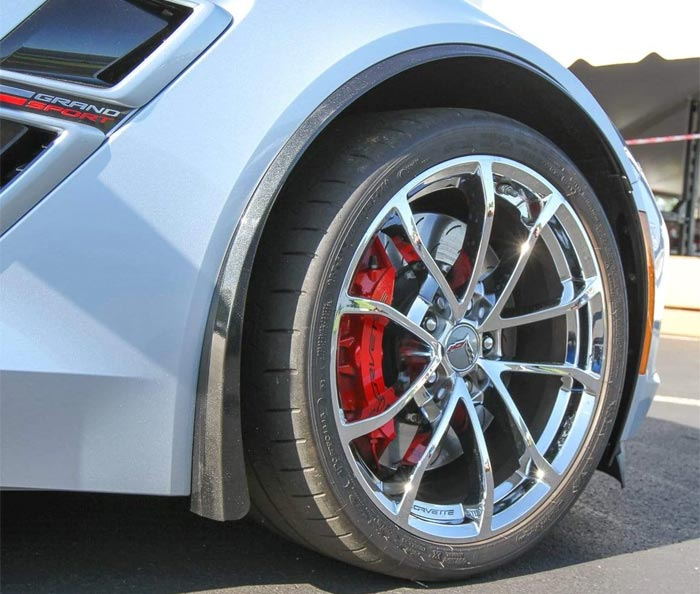 [VIDEO] Installing ACS Composite's C7 Corvette Z06 and Grand Sport XL Full Fender Extentions