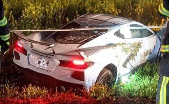 [ACCIDENT] 2020 Corvette Crashes Into a Field